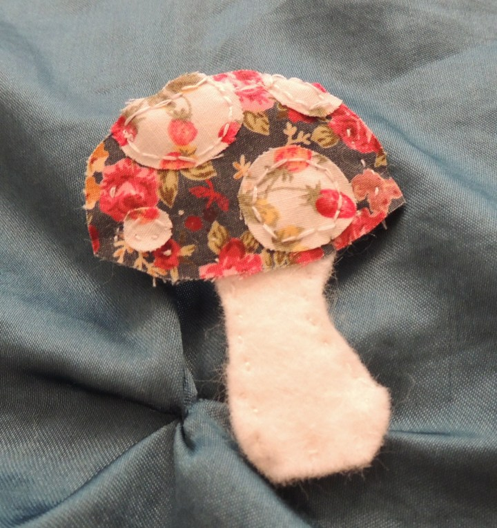 creativise toadstool brooch