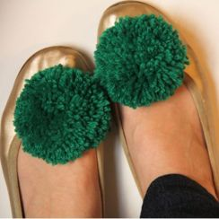 pompom shoe clips from lovelyindeed.com