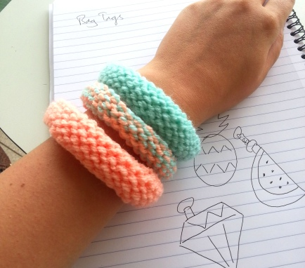knitted bangles creativise