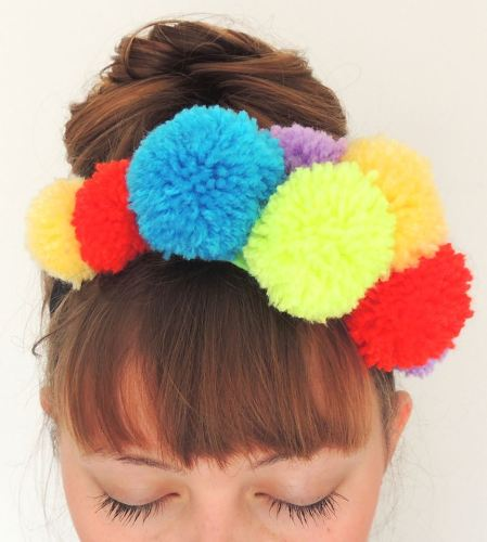 Crafternoon Cabaret Club pompom crown