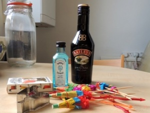 Crafternoon cabaret DIY Tiki Night gift in a jar