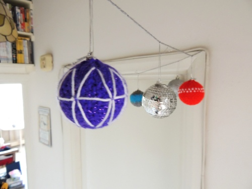 knitted christmas bauble decorations