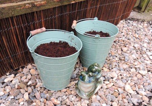 garden sos buckets