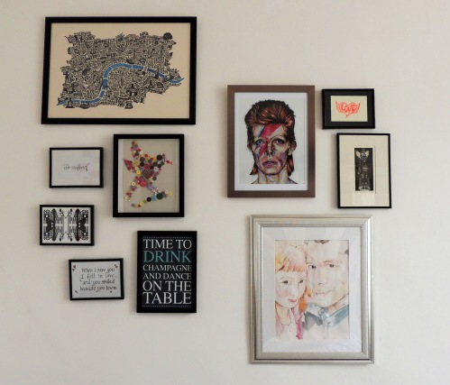 gallery hang with art prints
