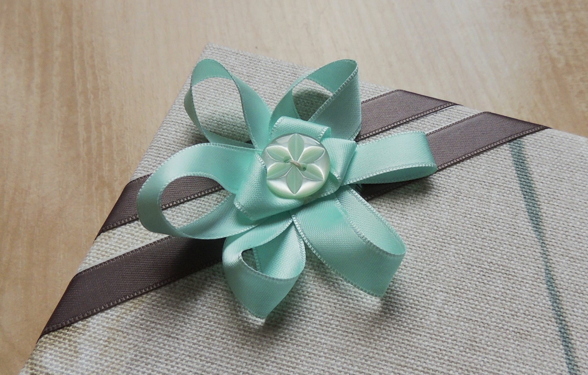ribbon flower in light teal