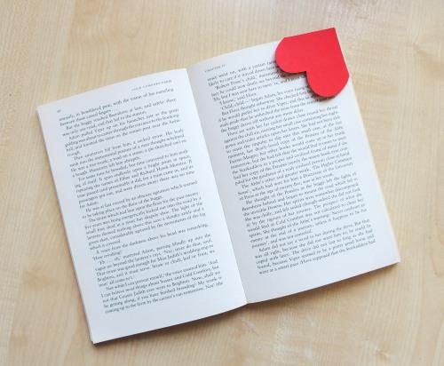 DIY valentines bookmark Crafternoon Cabaret Club