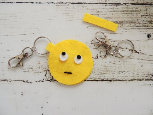 felt emoji keyring Crafternoon Cabaret Club